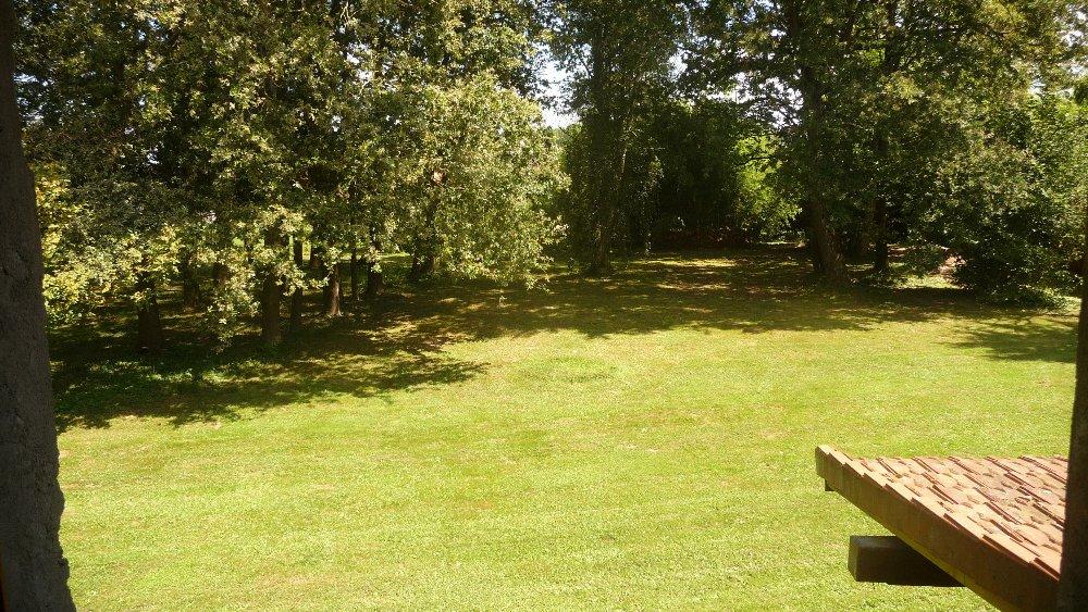 Aire camping-car à Romenay (71470) - Photo 2